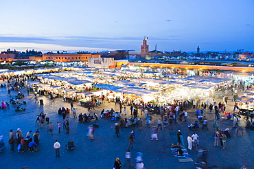 Food stalls in Place Djemaa El Fna at night, Marrakech, Morocco, North Africa, Africa