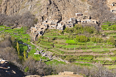 Berber village at the foot of Tizi n Tamatert, High Atlas Mountains, Morocco, North Africa, Africa