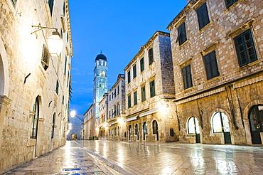 Dubrovnik Old Town, Franciscan Monastery on Stradun, the famous main street at night, UNESCO World Heritage Site, Dubrovnik, Dalmatia, Croatia, Europe