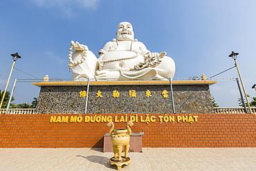 Giant Buddha statue at Vinh Trang Pagoda, My Tho, Vietnam, Indochina, Southeast Asia, Asia