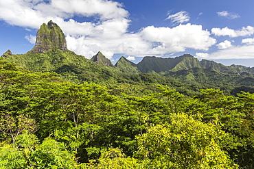View of the rugged mountains surrounding Opunohu Valley from the Belvedere Overlook, Moorea, French Polynesia, South Pacific, Pacific