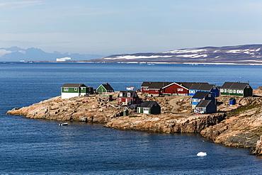 Inuit village, Ittoqqortoormiit, Scoresbysund, Northeast Greenland, Polar Regions