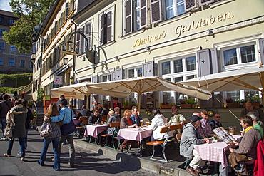 People sitting outside Scheiners Gaststuben restaurant, Bamberg, Franconia, Bavaria, Germany