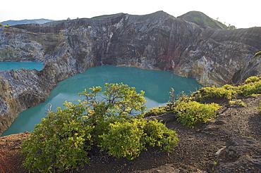 View down to the coloured lakes of the vulcano Kelimutu, Flores, Nusa Tenggara, Lesser Sunda Islands, Indonesia, Asia
