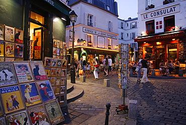Cafes and bars in Montmartre, Rue Norvins / Rue des Saules, Paris, France, Europe