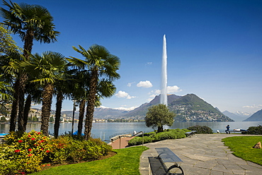Lake shore in Paradiso, Lugano, Lake Lugano, canton of Ticino, Switzerland