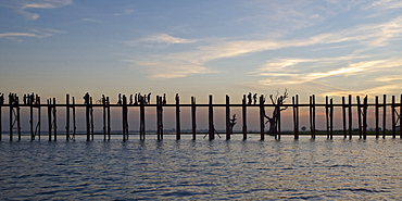 U Bein bridge, 1, 2 km long wooden bridge, Amarapura near Mandalay, Myanmar, Burma