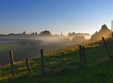 Scenery in morning fog, Rimsting, Chiemgau, Bavaria, Germany