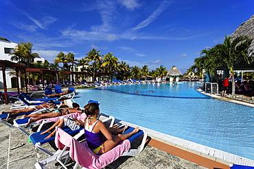 Swimming pool, Hotel NH Krystal Laguna Villas and Resort, Cayo Coco, Ciego de Avila, Cuba, West Indies