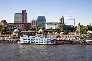 Paddle steamer Louisiana Star at St. Pauli Landungsbruecken pier, Hamburg, Hamburg, Germany
