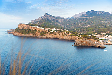Coast with harbour, Mediterranean Sea, Port de Soller, Serra de Tramuntana, Majorca, Balearic Islands, Spain, Europe
