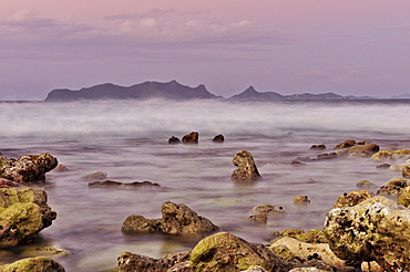 Coral rocks at beach at sunset, sea, Sandy Island, Carriacou, Grenada, Lesser Antilles, West Indies, Windward Islands, Antilles, Caribbean, Central America