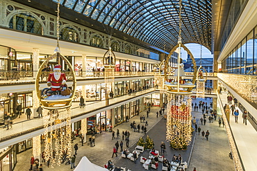 Mall of Berlin, Atrium, christmas illuminations, Leipiziger Platz, Berlin, Germany