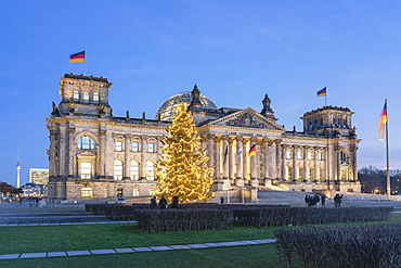 Reichstag with Christmas tree and Christmas Illuminations, Berlin, Germany