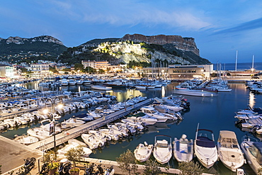 Boats in Cassis harbour in the evening, Cassis, Cote d Azur, France