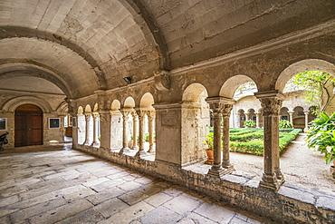 Cloister in Saint-Paul-de-Mausole abbey, asylum of Vincent van Gogh, St Romy de Provence, Bouches-du-Rhone, Provence-Alpes-Cote d'Azur, France