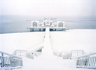 Pier in winter, Sellin, Rugen island, Mecklenburg-Western Pomerania, Germany