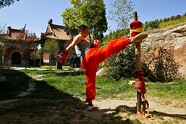 Kung Fu student kick boxing training, Song Shan, Henan province, China, Asia