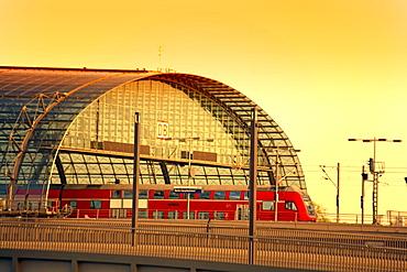 Glass roof, Hauptbahnhof, Berlin