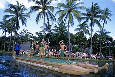 Polynesian Dance Performance, Polynesian Cultural Center, Laie, Oahu, Hawaii, USA