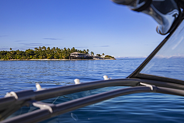 Vomo Island Fiji Resort as seen from the transfer speedboat, Vomo Island, Mamanuca Group, Fiji Islands, South Pacific