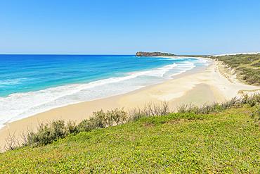 Seventy Five Mile Beach, Great Sandy National Park, Fraser Island, Queensland, Australia