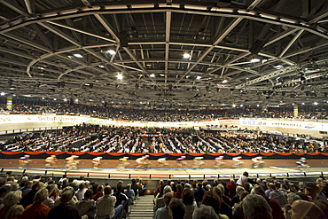 Six day cycle race in Berlin's Velodrom, Europe's largest steel roof, important concert venue for popstars