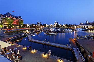 Victoria harbour, Hotel Empress, twilight, Victoria, Vancouver Island, Canada, North America