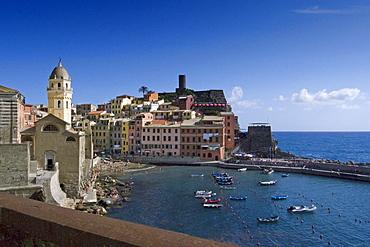 Vernazza, Cinque Terre, La Spezia, Liguria, Italian Riviera, Italy, Europe