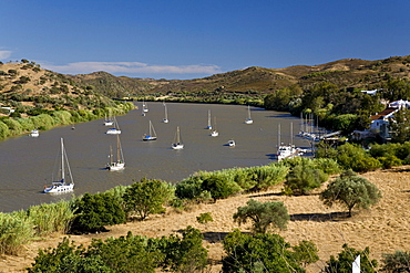 Sailing boats on the river Guadiana, boarder to Andalusia, Spain, Alcoutim, Algarve, Portugal