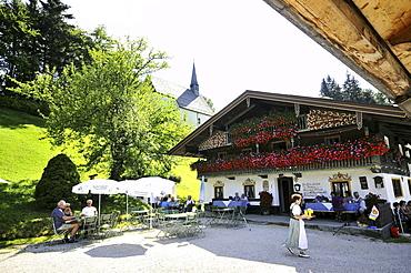 Restaurant, Streichen chapel in backgorund, Schleching, Chiemgau, Bavaria, Germany