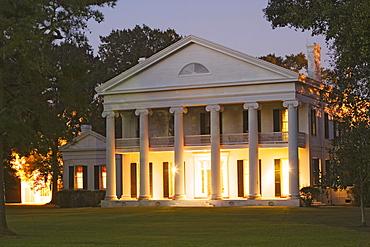 Madewood Plantation in Napoleonville, Louisiana, USA