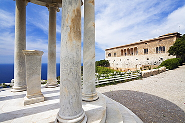 Son Marroig, Manor House with Ionic temple, Tramuntana Mountains, Mediterranean Sea, Mallorca, Balearic Islands, Spain, Europe