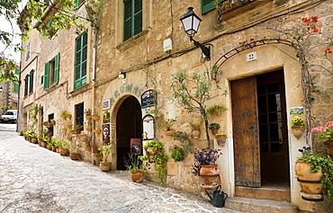 Street with residential houses at Valldemossa, Tramuntana Mountains, Mallorca, Balearic Islands, Spain, Europe