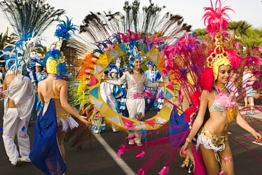 Dancers at the carnival parade, Gran Coso de Carnaval, Costa Teguise, Lanzarote, Canary Islands, Spain, Europe