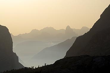 Silhouettes of Sexten Dolomites, Naturpark Fanes-Sennes-Prags, Dolomites, Trentino-Alto Adige/South Tyrol, Italy