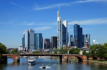 View over river Main with Old Bridge to skyline, Frankfurt am Main, Hesse, Germany
