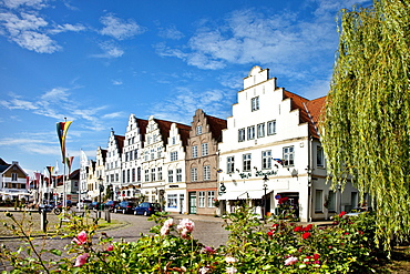 Houses at market square, Friedrichstadt, Schleswig-Holstein, Germany