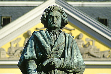 Statue of Beethoven in front of the Old Post, Bonn, Rhine river, North Rhine-Westphalia, Germany