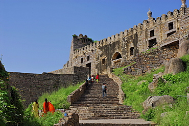 People in front of the Golconda Fort, Hyderabad, Andhra Pradesh, India, Asia