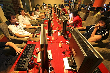 People at the computer in an Internet Cafe in Chongqing, China, Asia