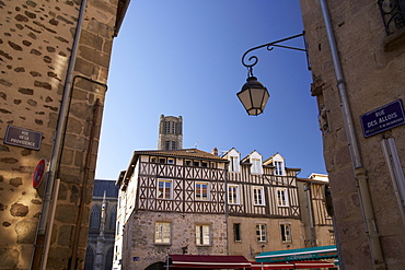 Old city of Limoges in the morning light with half-timbered house, The Way of St. James, Chemins de Saint-Jacques, Via Lemovicensis, Limoges, Dept. Haute-Vienne, Région Limousin, France, Europe