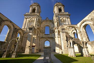 Ruin of Abbey Church Saint Jean Baptiste, The Way of St. James, Chemins de Saint Jacques, Via Turonensis, Saint-Jean-d'Angély, Dept. Charente-Maritime, Région Poitou-Charentes, France, Europe