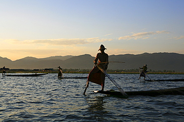 Intha fishermen with nets in the evening light, Inle Lake, Shan State, Myanmar, Burma, Asia