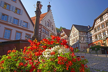 Half-timbered houses and town hall at the market place in the town of Schiltach, Summer, Valley Kinzigtal, Southern Part of Black Forest, Black Forest, Baden-Wuerttemberg, Germany, Europe