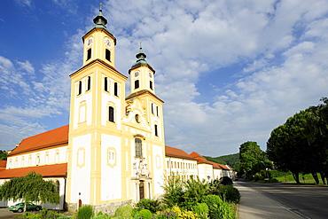 Rebdorf Monastery, Altmuehltal cycle trail, Altmuehl valley nature park, Altmuehl, Eichstaett, Bavaria, Germany