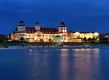 Kurhaus in the evening, Baltic sea spa Binz, Ruegen, Mecklenburg-Vorpommern, Germany