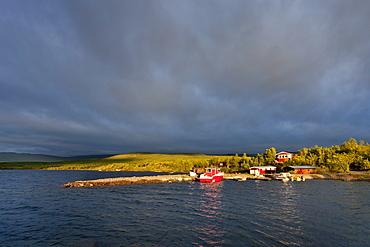 Midnight sun, Tornetraesk Lake, Abisko National Park, Lapland, northern Sweden, Sweden