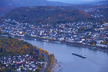 View from the Gedeonseck at the horse-shoe bend at Boppard with the town of Boppard, River Rhine, Cultural Heritage of the World: Oberes Mittelrheintal (since 2002), Mittelrhein, Rhineland-Palatinate, Germany, Europe