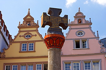 Main market with Renaissance houses and market cross, Trier, Mosel, Rhineland-Palatinate, Germany, Europe